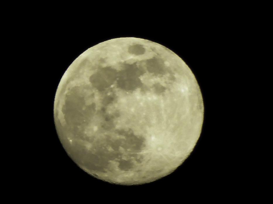 photoblog image Cretan moon