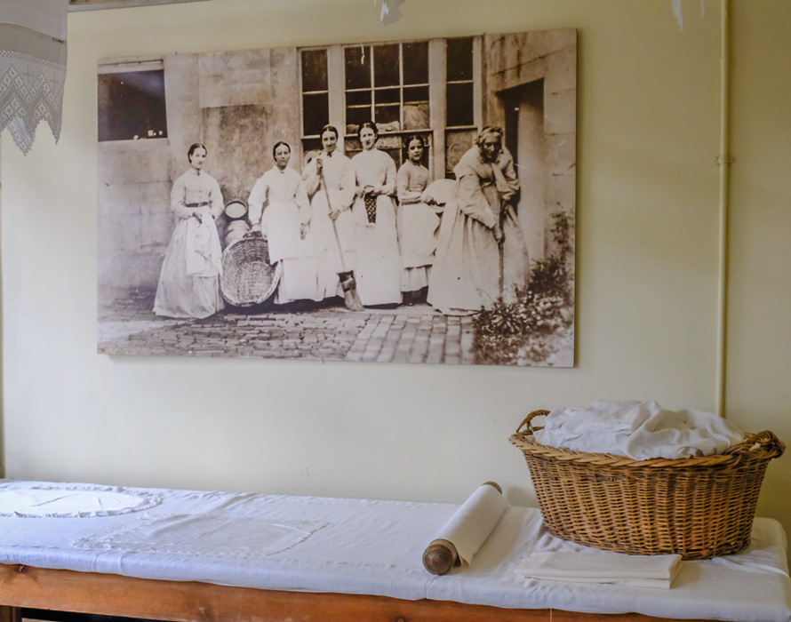 photoblog image Beningbrough Hall - Laundry girls